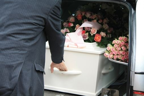 funeral homes in Manhasset, NY